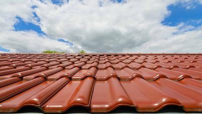 Jak dobrze i łatwo czyścić dachówki