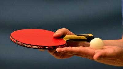Jak czyścić rakietkę do tenisa stołowego