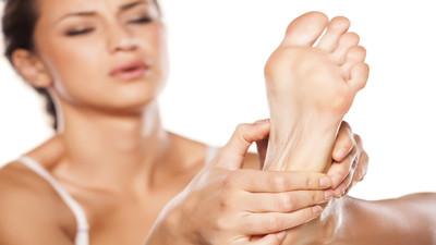 Jak pielęgnować i dbać o stopy