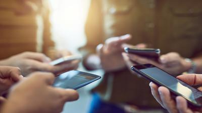 Akcesoria i dodatki do telefonów