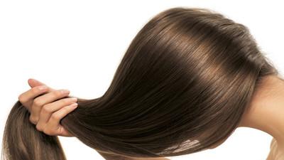 Jak farbować włosy i zmienić ich kolor