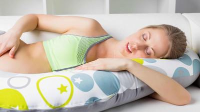 Jak dobrze spać – najlepsza pozycja snu