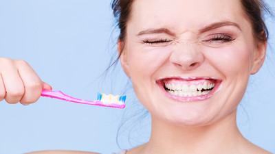 Jak należy dobrze myć zęby
