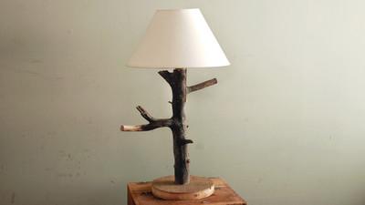 Jak zrobić oryginalną lampę stołową
