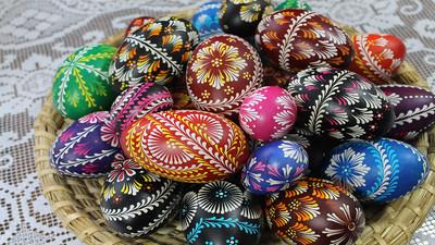 Naturalne malowanie jajek i pisanek