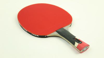 Co zrobić by rakietka mocniej podkręcała piłkę – tenis stołowy