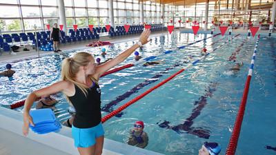 Jak nauczyć pływać dziecko