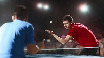 Obserwacja piłki w grze - tenis stołowy