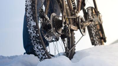 Jak zrobić oponę do roweru na zimę