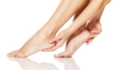 Jak wyleczyć spuchnięte stopy