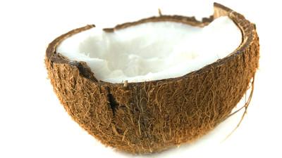 Jak rozłupać i otworzyć orzecha kokosowego
