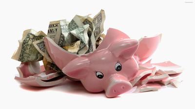 Czy warto trzymać pieniądze w skarbonce