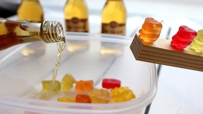 Przepis jak zrobić Pijane misie - żelki alkoholowe