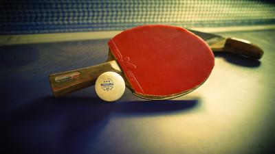 Jak podkręcać piłkę w tenisie stołowym