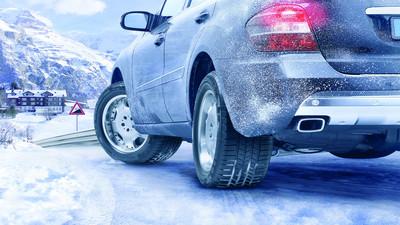 Jak zabezpieczyć samochód na zimę
