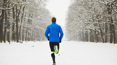 Dlaczego warto zimą uprawiać sport