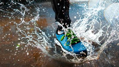 Jak suszyć mokre buty