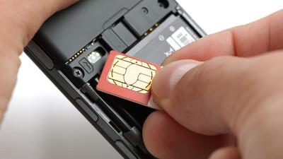 Telefon komórkowy na kartę