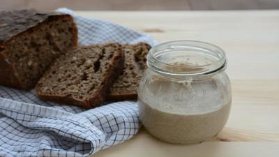 Jak zrobić zakwas na chleb - Przepis